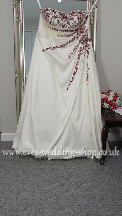 Symphony of Venus ivory / red wedding dress UK 24