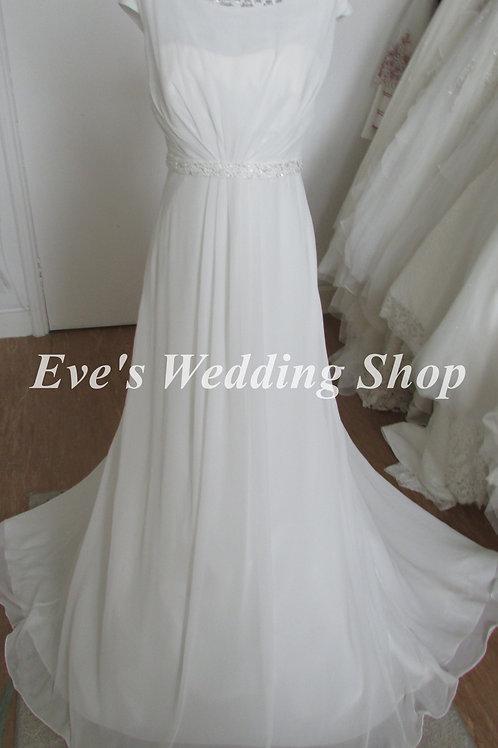 Trudy Lee ex sample ivory wedding dress UK size 10/12