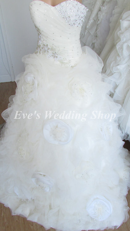 CAKE BEADED FLOWER DETAIL WEDDING DRESS 10/12
