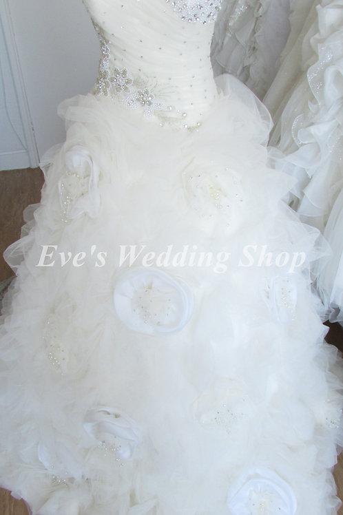 CAKE BEADED FLOWER DETAIL WEDDING DRESS 10/12