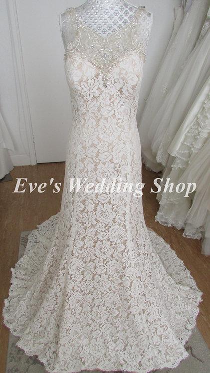 Ivory / almond lace wedding dress UK 14/16