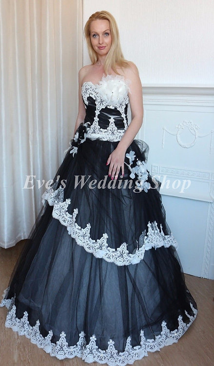Black/white princess  wedding dress UK 8/10