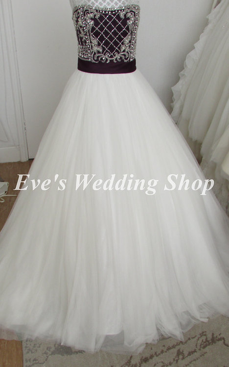Alfred Angelo ivory / grape wedding dress UK 16/18