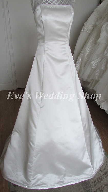 Bridgette Moore wedding dress UK 10/12