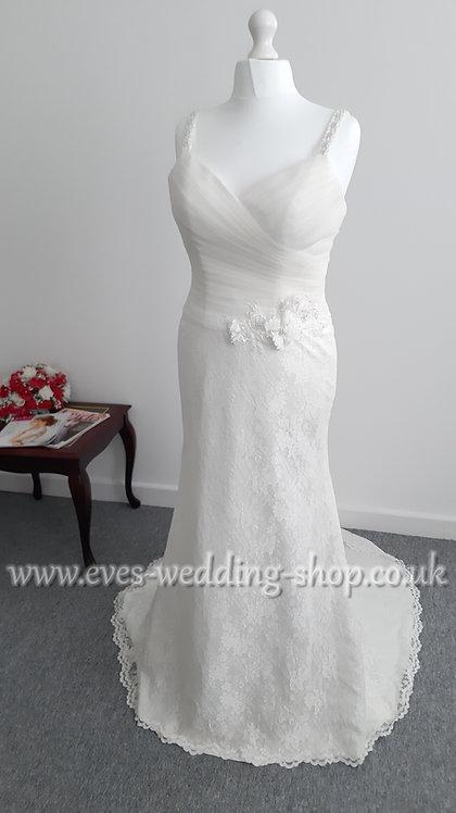 Julian & Adam ''Karina'' ivory simple wedding dress UK size 14