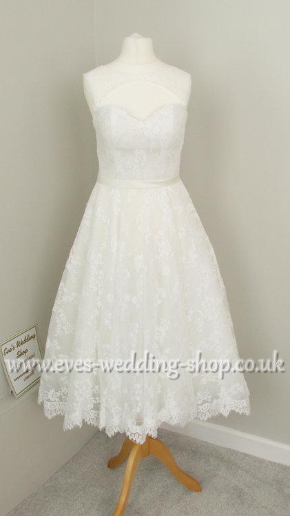 Lace short wedding dress UK 6