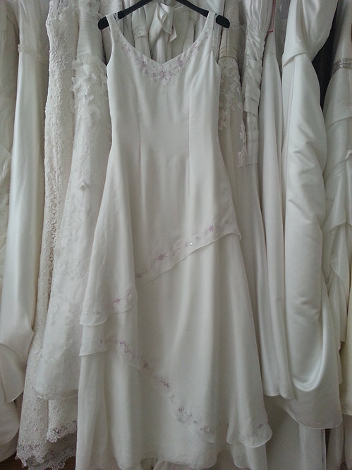 Special day chiffon wedding dress with lilac embroidery UK 12/14