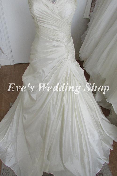Veromia ivory wedding dress UK 14/16