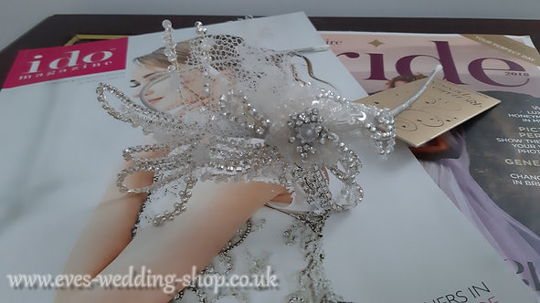 Richard Designs light ivory wedding hair accessories- head band