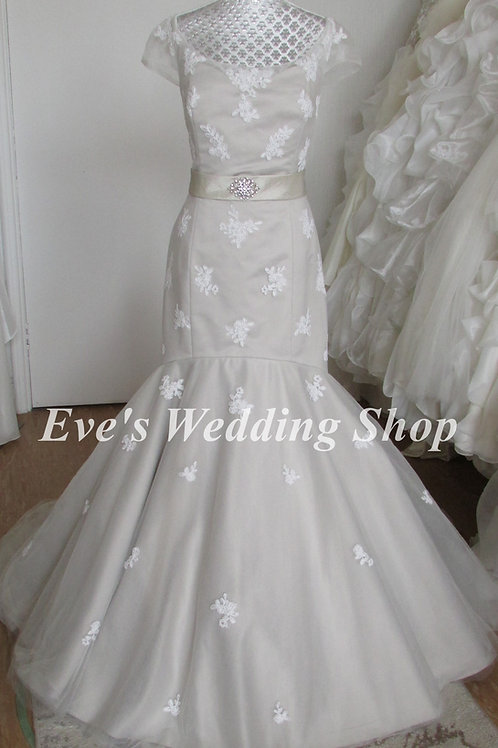 Lou Lou bridal grey wedding dress UK 14/16