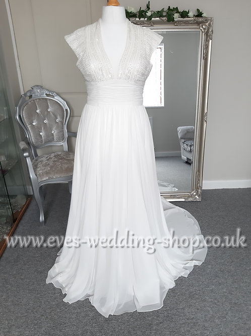 House of Nicolas London chiffon ivory wedding dress UK 14