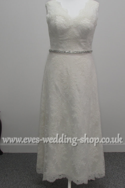 Lou Lou dark ivory wedding dress UK size 16