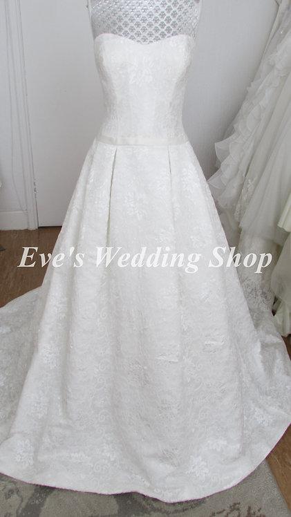Kenneth Winston ivory lace wedding dress UK 12/14 - with hidden pockets
