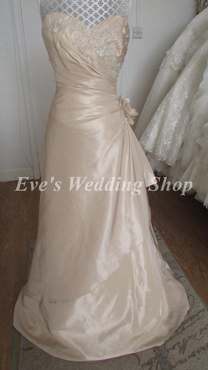 Pure bridal by Romantica wedding dress UK 10