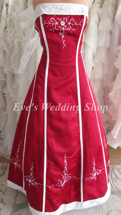 HERMIONE RED WHITE EMBROIDERY DRESS SIZE 12/14