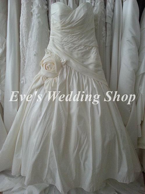 Veromia ivory wedding dress UK 10/12