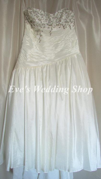 Sonsie SON91017 new ivory wedding dress UK size 26