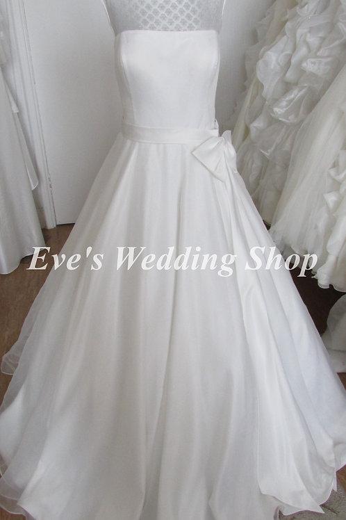 Phillipa Grace Tara ivory wedding dress UK 18/20