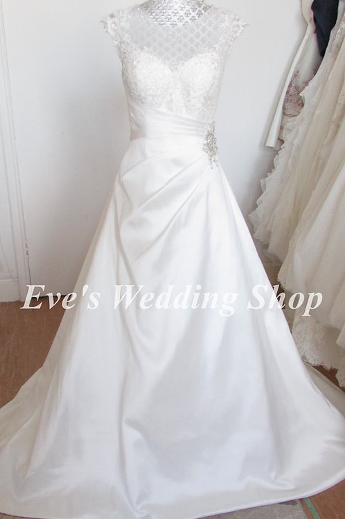 Alexia designs ivory wedding dress UK 8