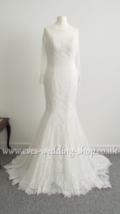 Christine Dando Ivory wedding dress UK 10