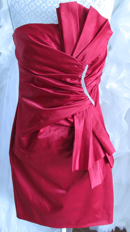 RED SHORT BRIDESMAID DRESS SIZE 10/12