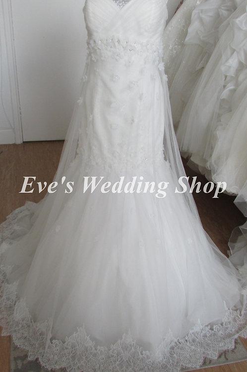 Alfred Angelo ''Rapunzel'' style 247 wedding dress UK 16/18