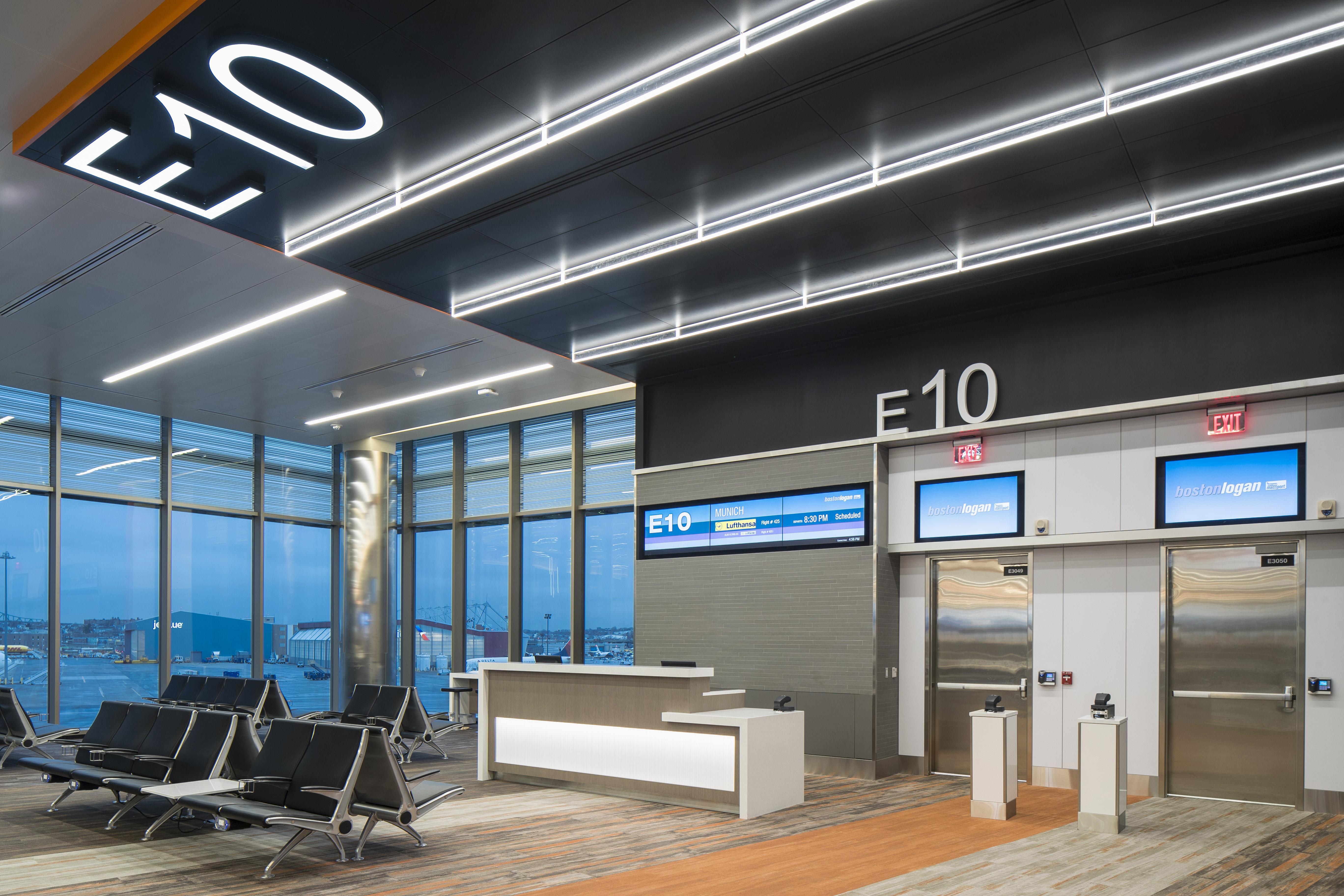 Logan_Airport_Terminal_E_201703-18