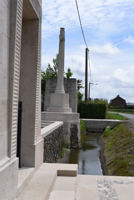 St-Vaast-Post-Mil-Cem-2---Nicky-2015