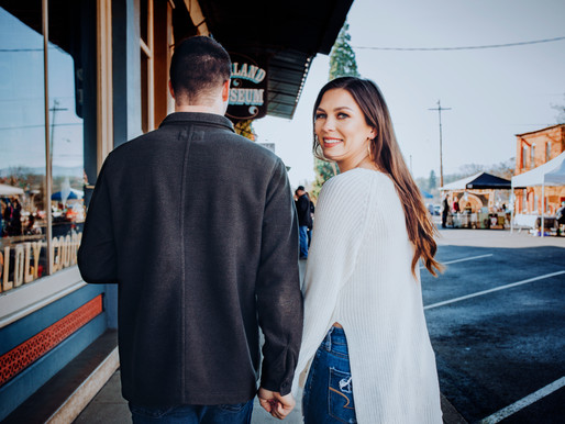 Just a Small Town Girl. . . Just a City Boy - Oakland Oregon Engagement