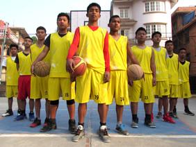 EA, DAV play friendly basketball match