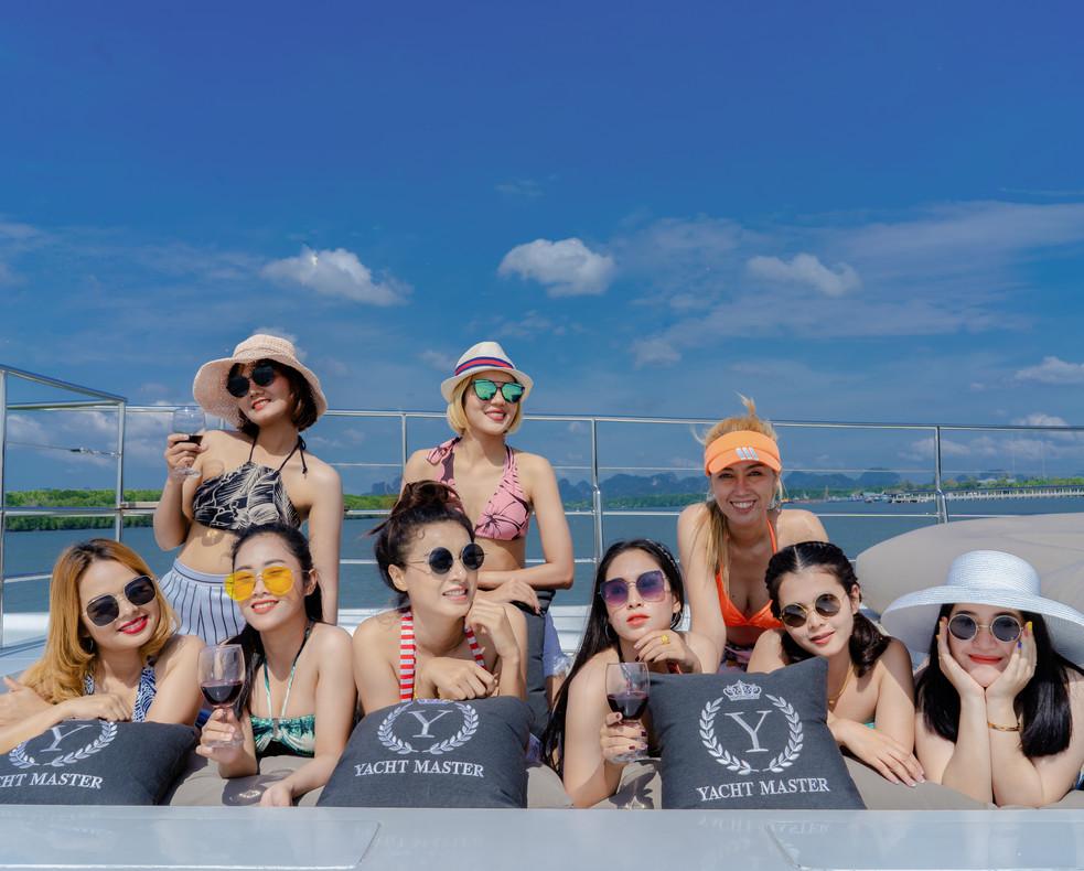 Krabi Cruise customer 14.jpg