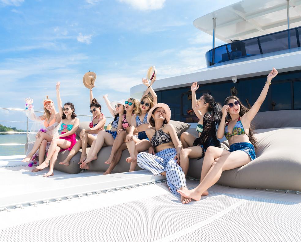 Krabi Cruise customer 11.jpg