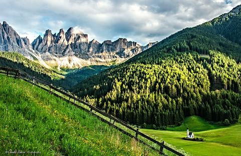Val di Funes  alto Adige - Italy  Chiesetta di San Giovanni, sullo sfondo le Odle