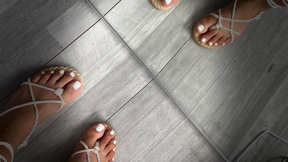 Sandales à lacet