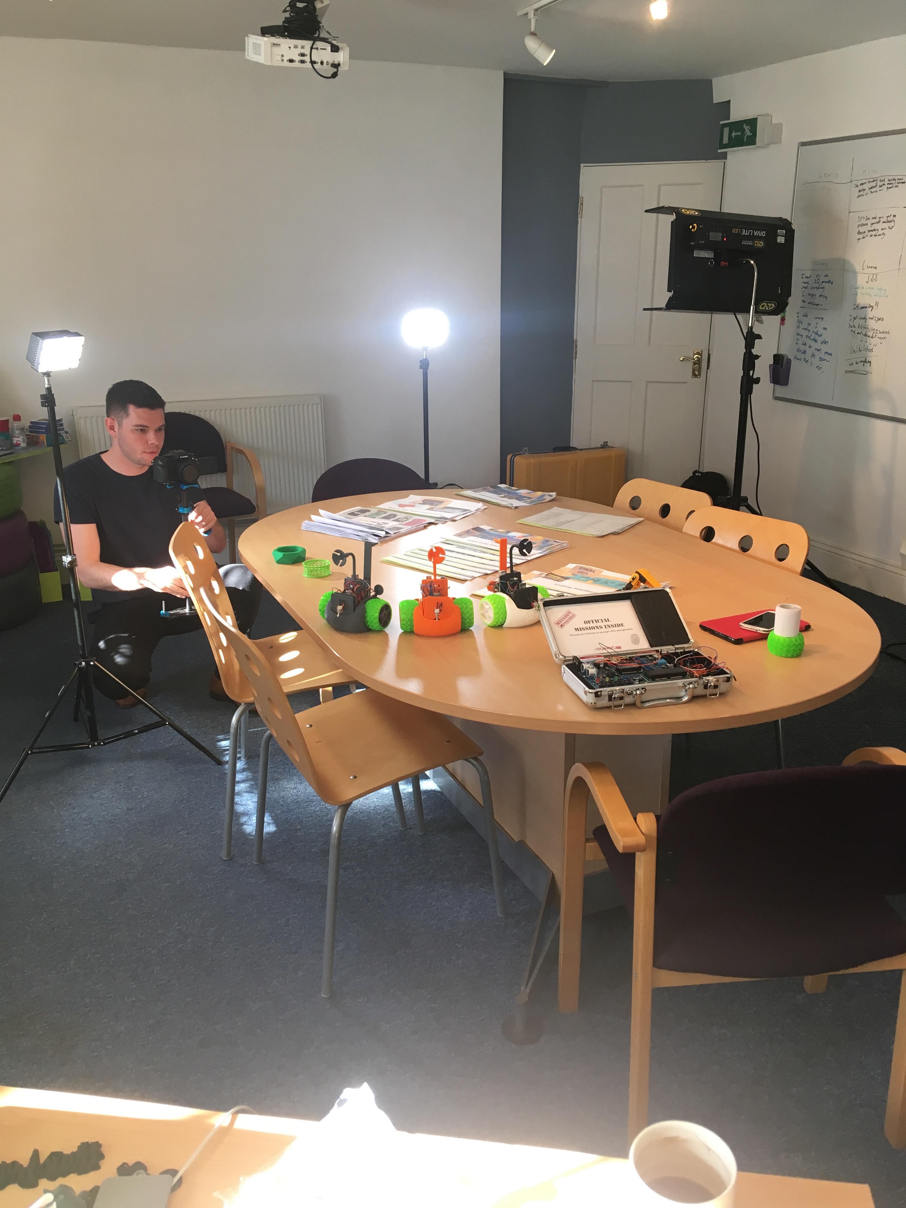filming white edge media