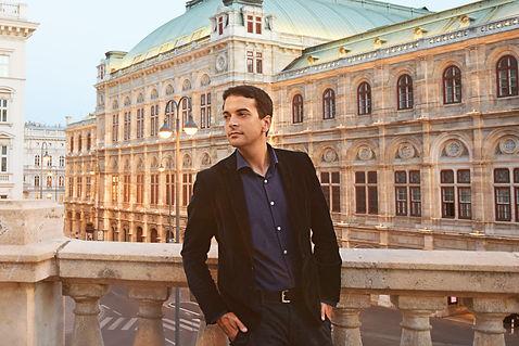 Félix Ardanaz, Staatsoper Vienna.jpg