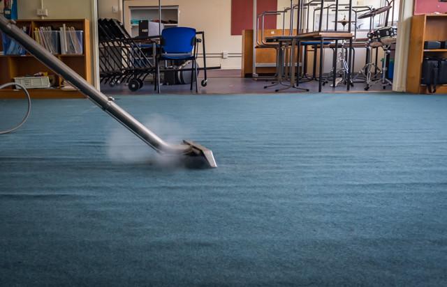 steam carpet cleaning - school brisbane
