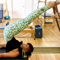 Sixties_mineral_green_leggings_Pilates_ware.JPG