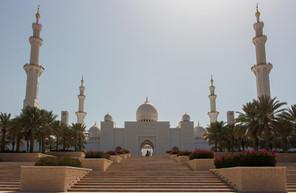 Sheikh Zayed Mosque.jpg