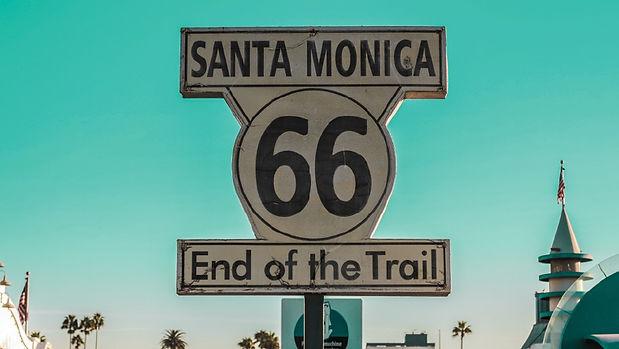 Notch-Above-Tours-Route-66-Santa-Monica.