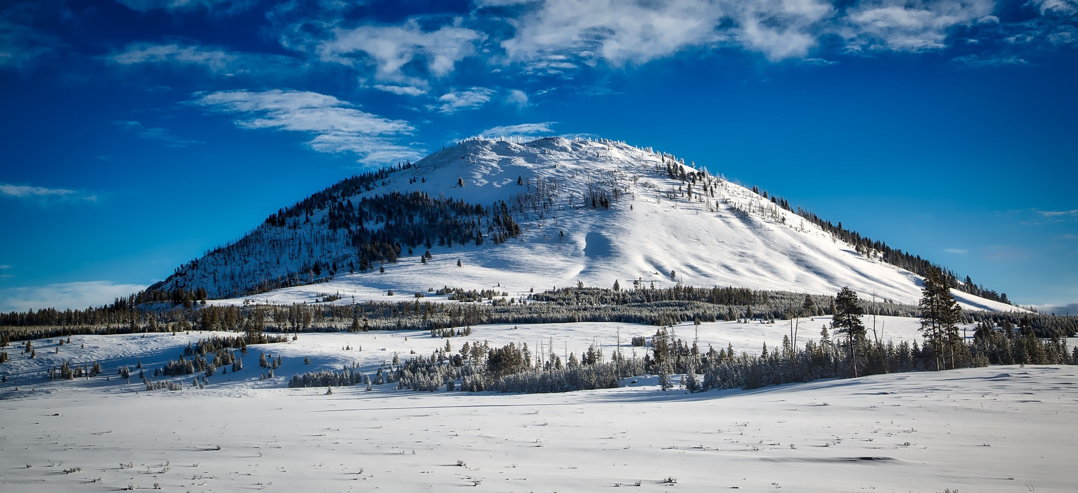 bunsen-peak-clouds-cold-country-267075 -
