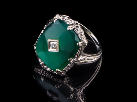 Art+Deco+14kt+Green+Onyx+ring+with+Diamo