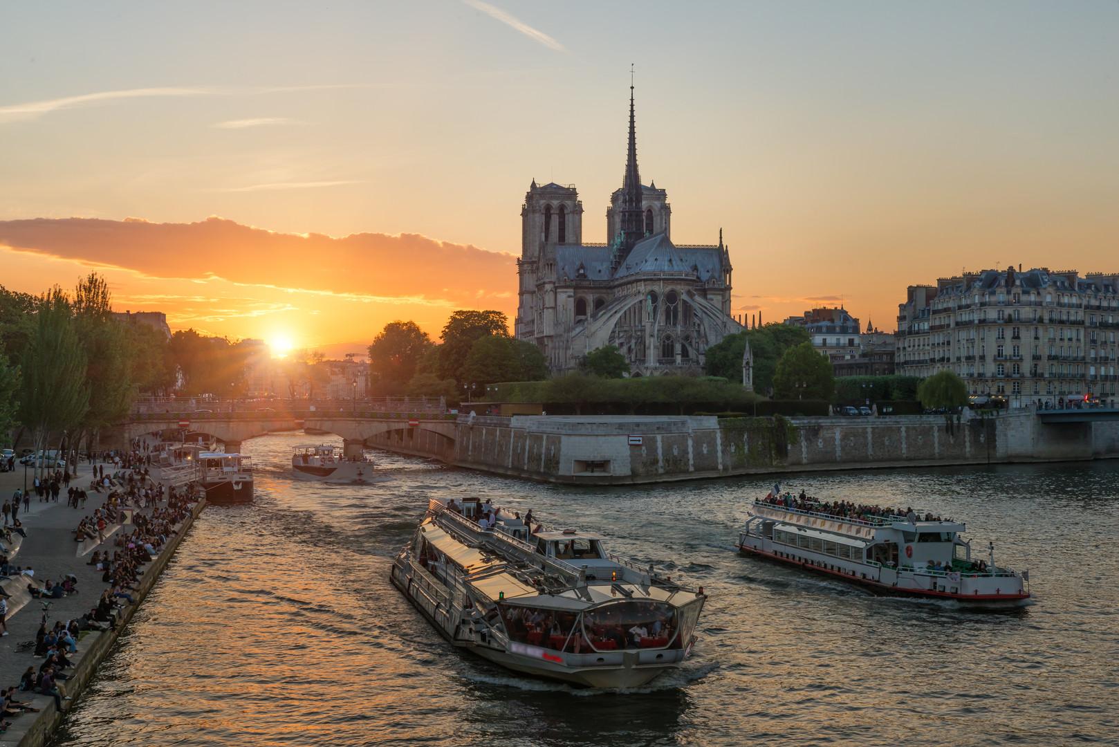 ParisCruise_NotreDame.jpg