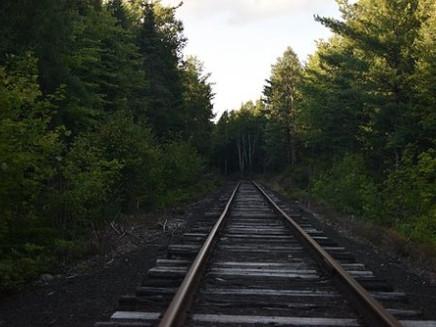 railroad-2243583__340-500x333.jpg