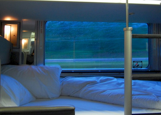 Via Rail 2 - Champlain Tours.jpg