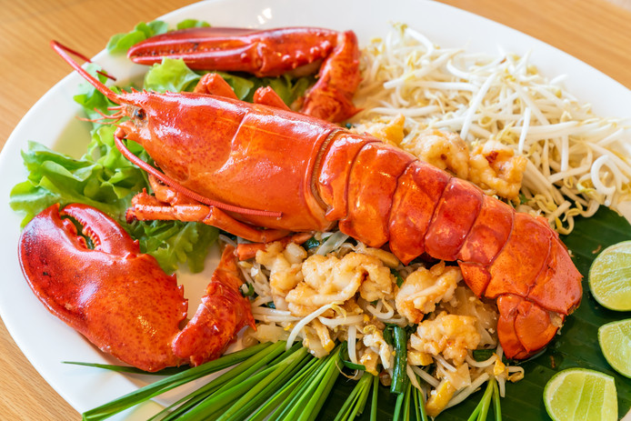 bigstock-Lobster-Pad-thai-stir-fried-T-2