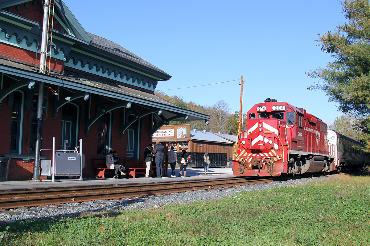 train-chester-2 - Champlain Tours.png