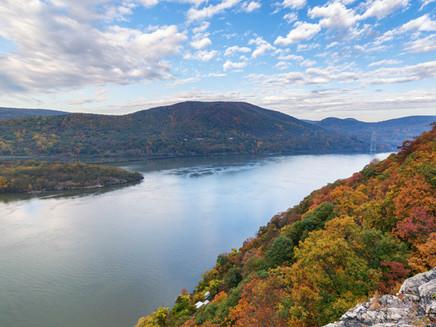 Notch-Above-Tours-The-Hudson-River.jpg