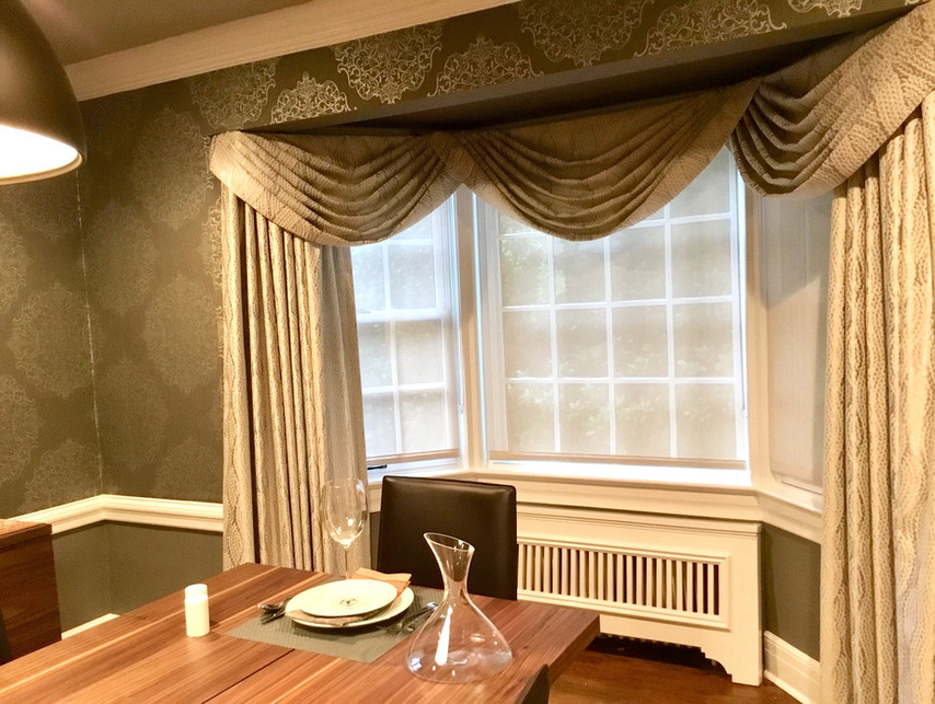 Dining Room by Mango Interiors