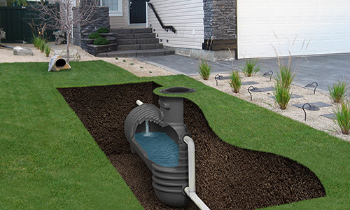 Storm water containment tank